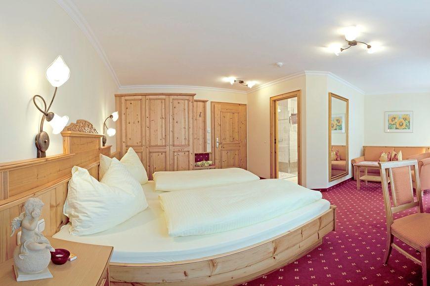Slide3 - Hotel Alte Post