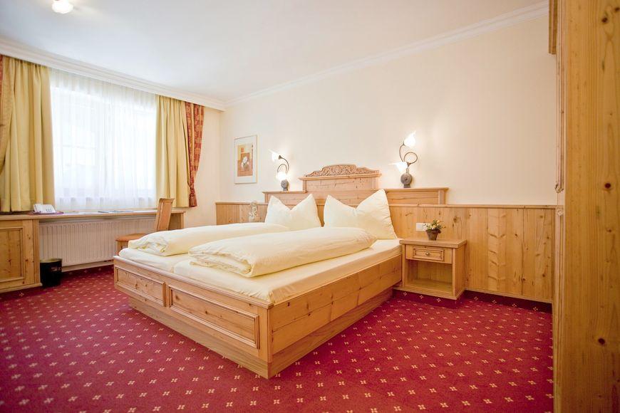 Slide4 - Hotel Alte Post