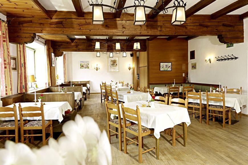 Slide3 - Alpine Hotel Oetz