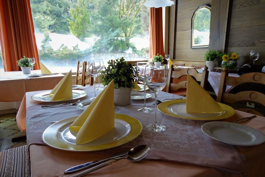 Slide4 - Alpenhotel Edelweiss