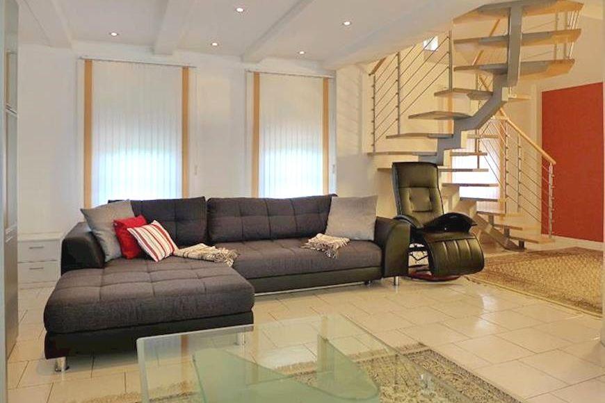 Slide4 - Knappenhaus