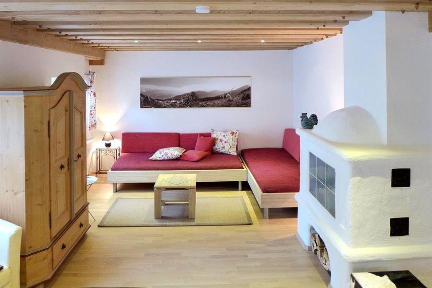 Slide2 - Knappenhaus