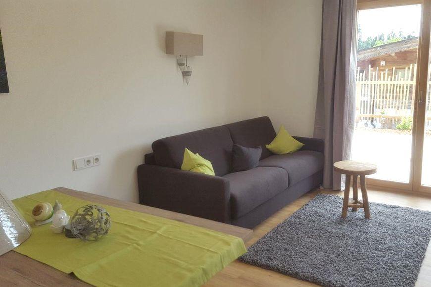 Apartment Viktoria - Slide 4