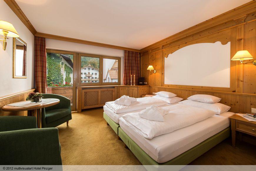 Slide2 - Hotel zum Pinzger