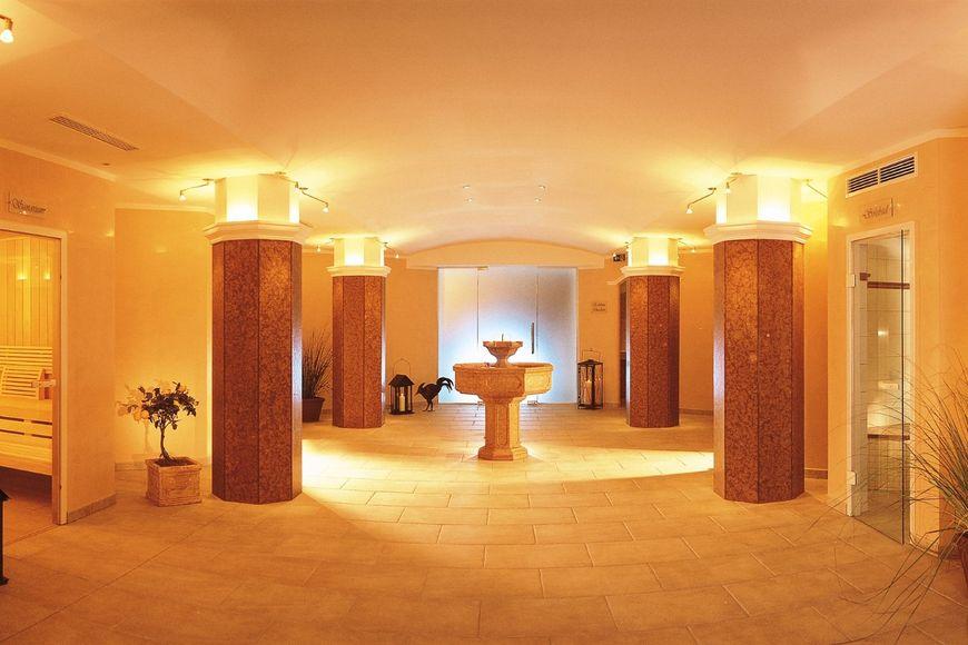 Slide3 - Hotel zum Pinzger