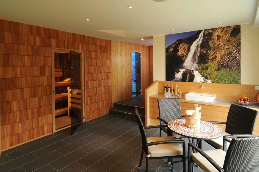 Slide4 - Hotel Tauernstern
