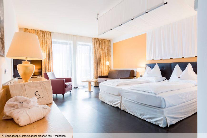 Doppelzimmer/2 Zustellb. Du/WC, HP_1