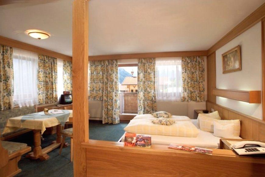 Slide4 - Hotel Abelhof