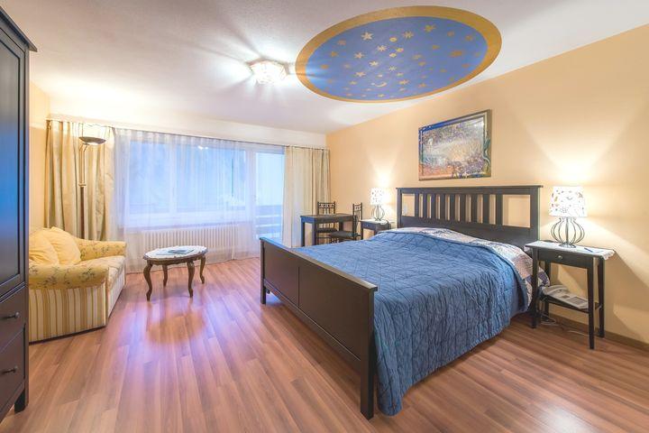 Doppelzimmer Du/WC (ca. 30 m²), ÜF