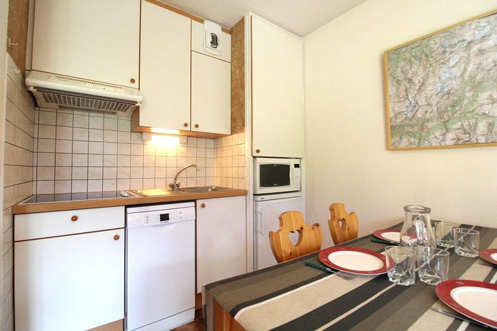4-Pers.-Appartement (ca. 27 m², CHA001), OV