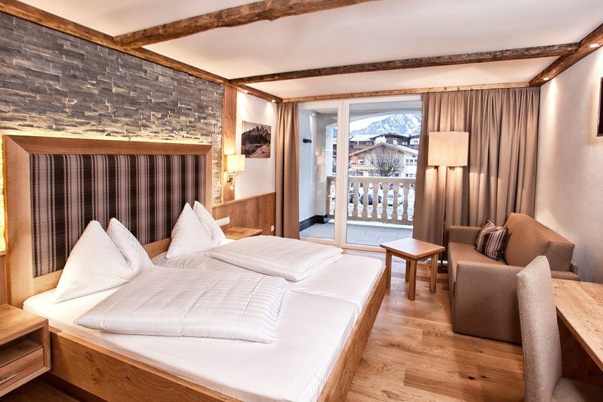 Slide2 - Hotel Heigenhauser