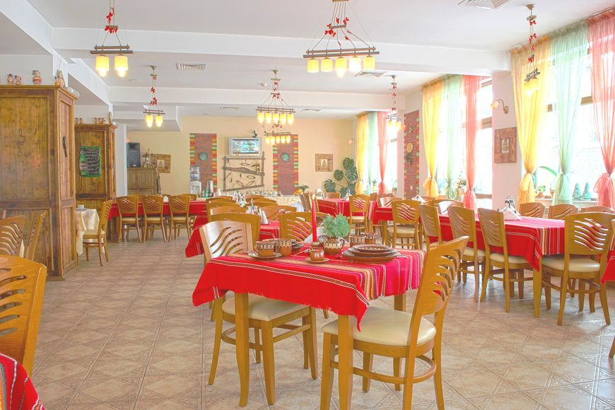 Slide4 - Pirina Club Hotel