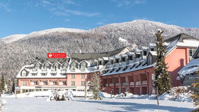 Hotel Ramada Hotels & Suites