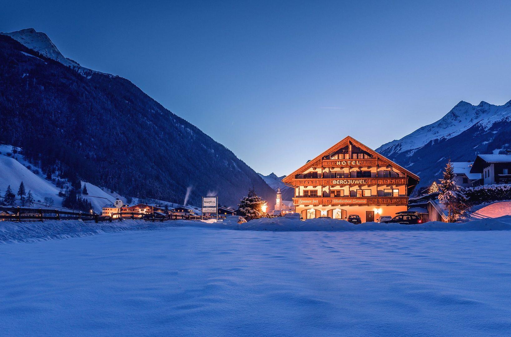 Slide1 - Hotel Bergjuwel