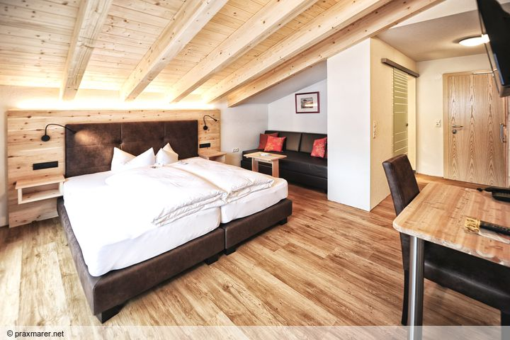 Doppelzimmer/2 Zustellb. Du/WC, HP PLUS