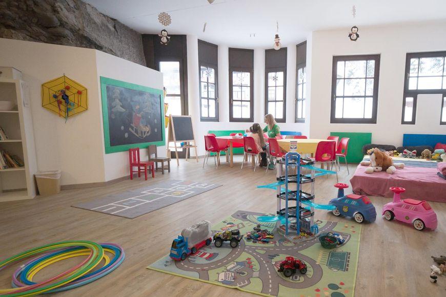 Slide4 - Family Hotel Schloss Rosenegg
