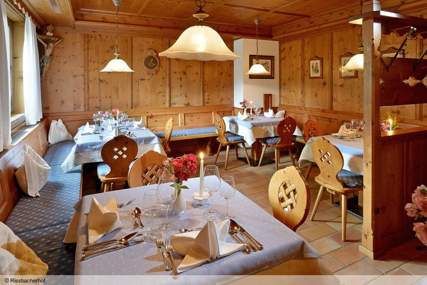 Hotel Landhaus Rissbacherhof - Slide 4