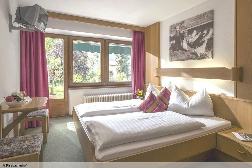 Hotel Landhaus Rissbacherhof - Slide 2