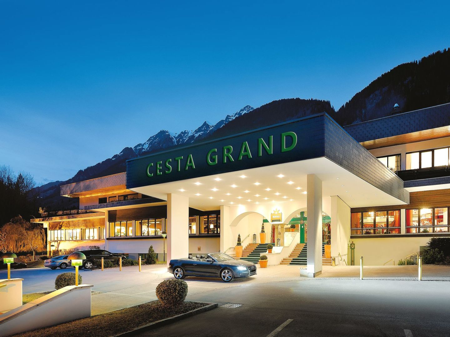 CESTA GRAND Aktivhotel & Spa - Slide 1