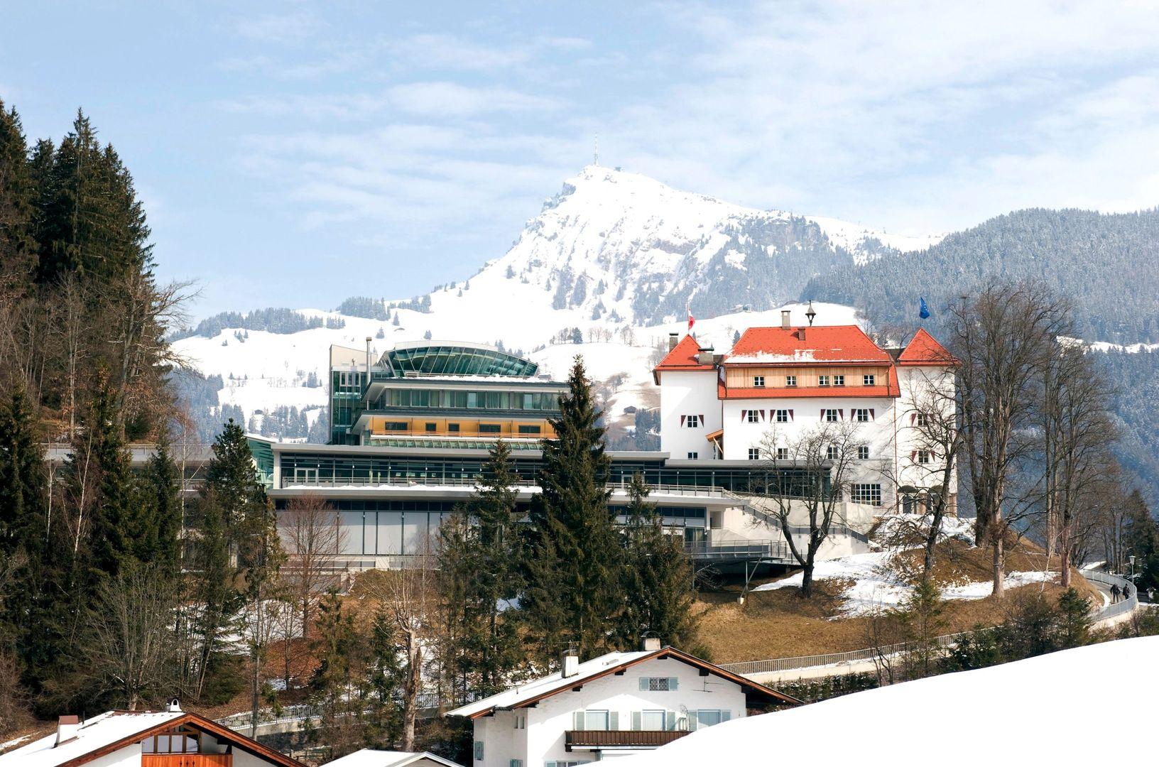 Hotel Schloss Lebenberg - Slide 1