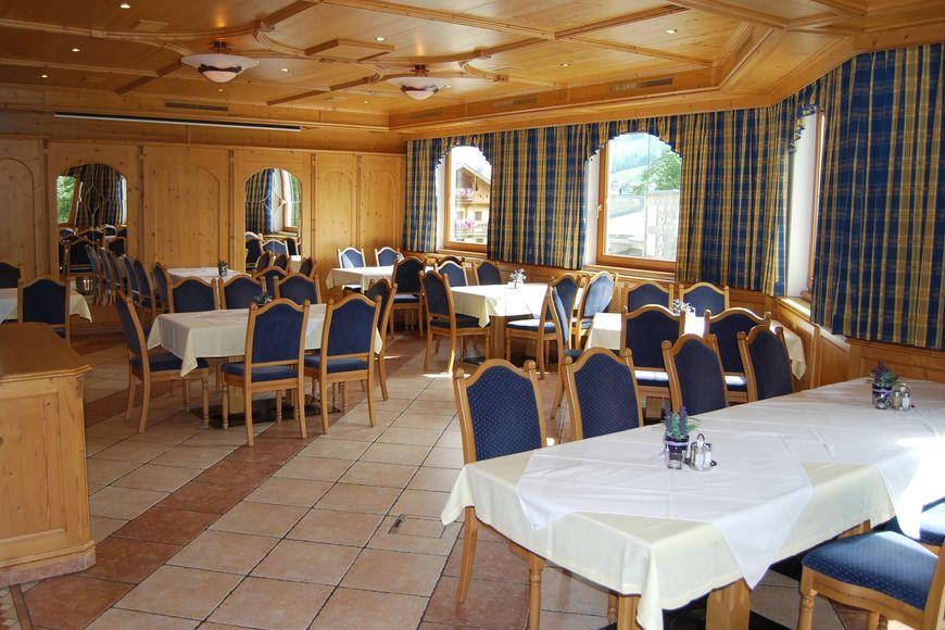 Slide4 - Hotel Pension Jagerhof
