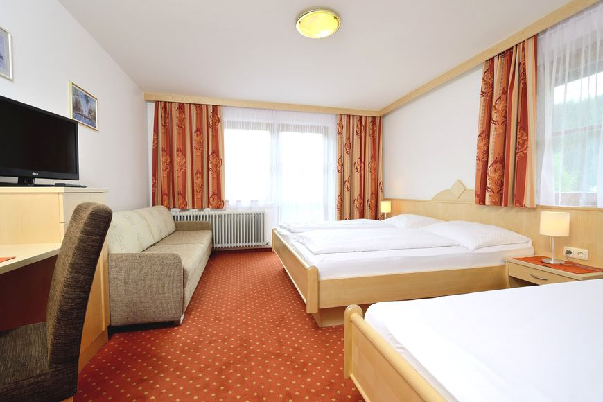 Hotel Unser Unterberg - Slide 2