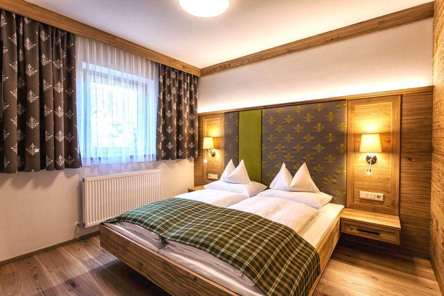 Hotel Zum Stern - Slide 2