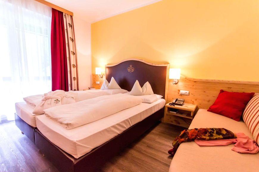 Slide2 - Hotel Trattlerhof