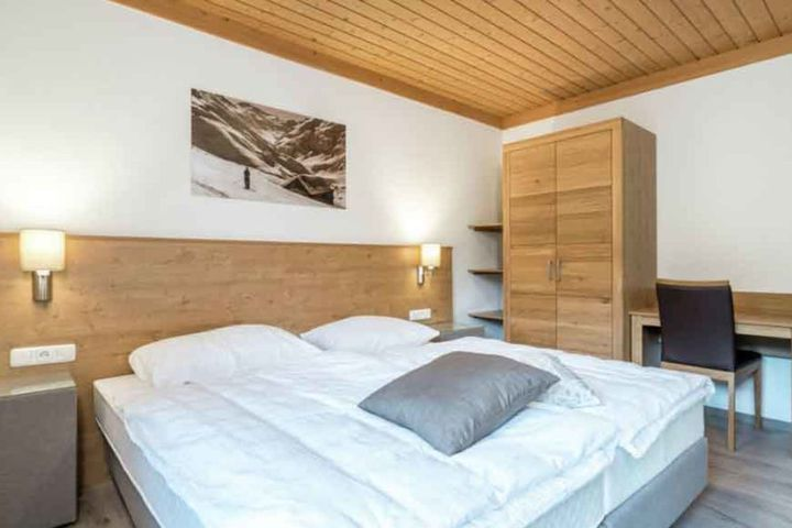 50-Pers.-Chalet (mit 46 - 50 Pers.), OV