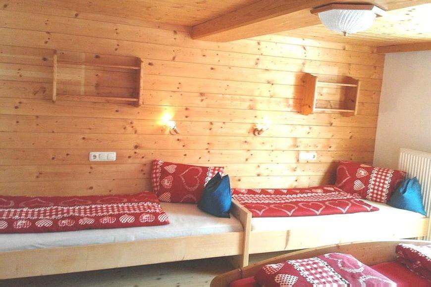 Slide4 - Haus Benedikt