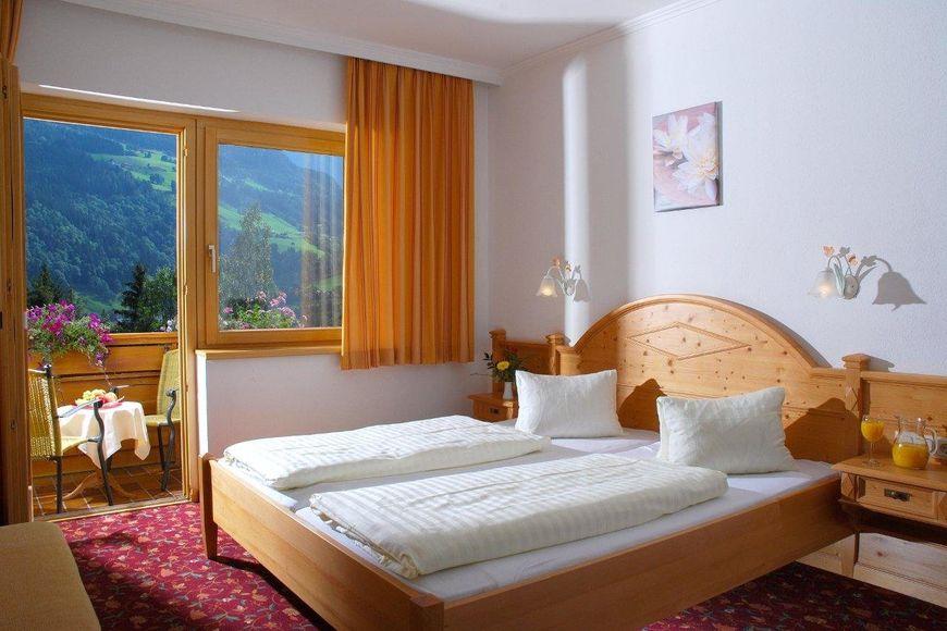 Hotels in Zillertal - Slide 3