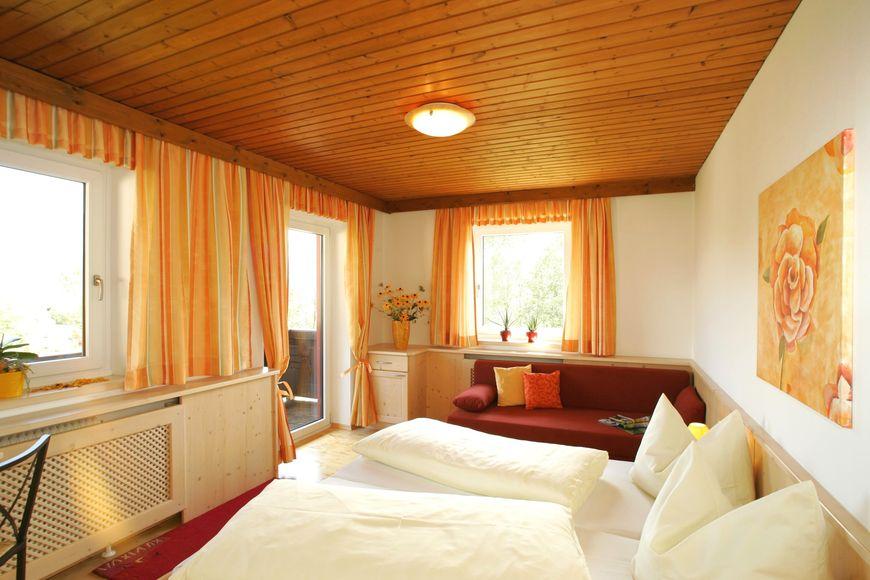 Slide2 - Hotel Gasthof Eschbacher