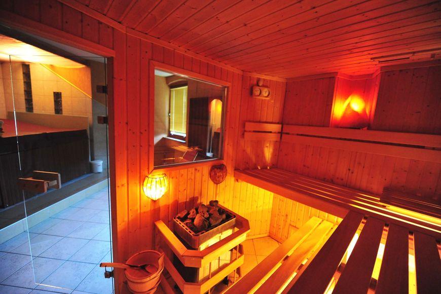 Hotel Post - Slide 3