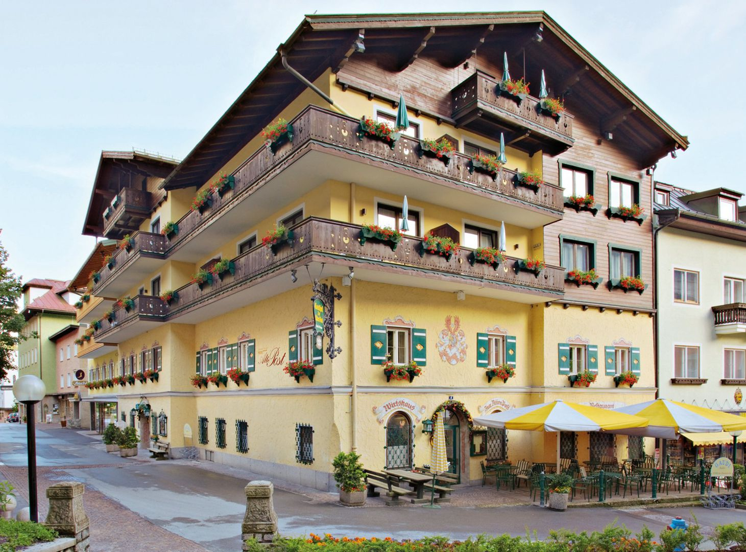 Slide1 - Hotel Alte Post