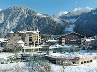 Fun & Spa Hotel Strass - Mayrhofen - Exterior - Winter