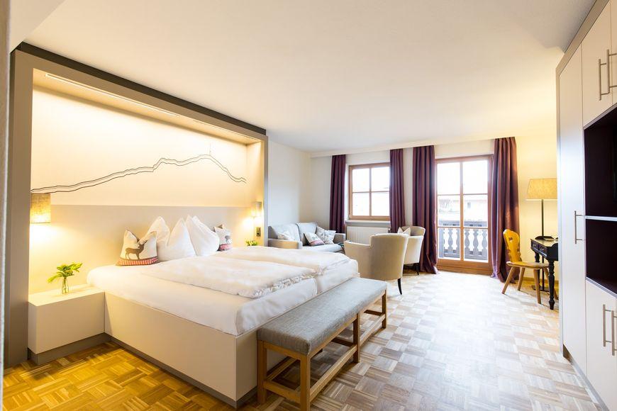 Slide2 - POST Hotel & Wirtshaus