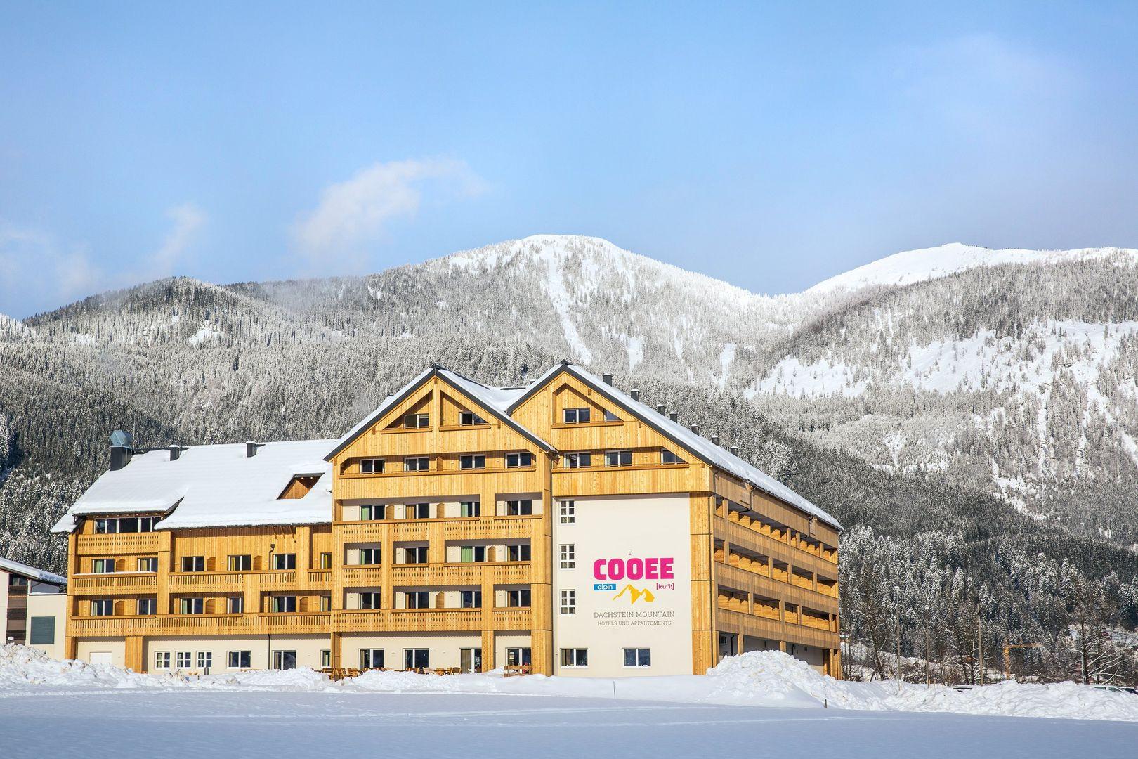 Slide1 - COOEE alpin Hotel Dachstein