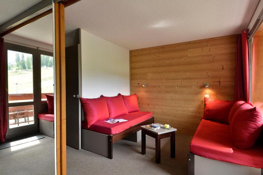 Slide4 - Residence 3000