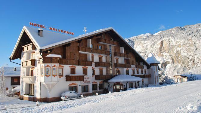 Hotel Belvedere & Paradise Club Center
