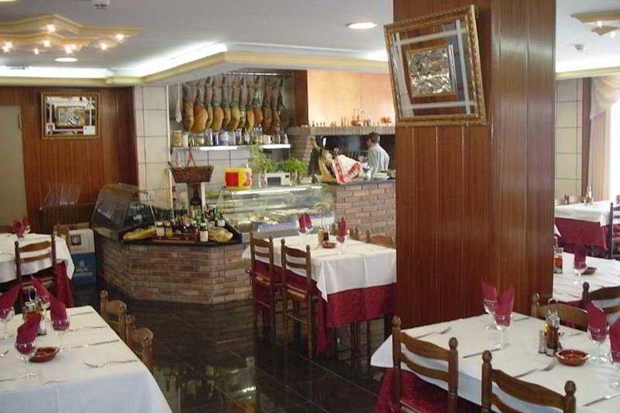 Slide3 - Hotel Parma