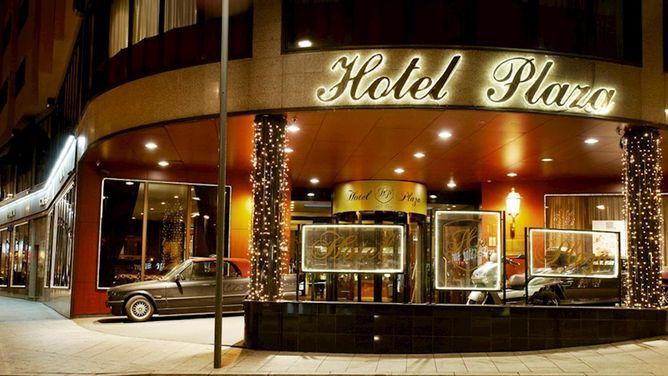 Hotel Plaza (HP)
