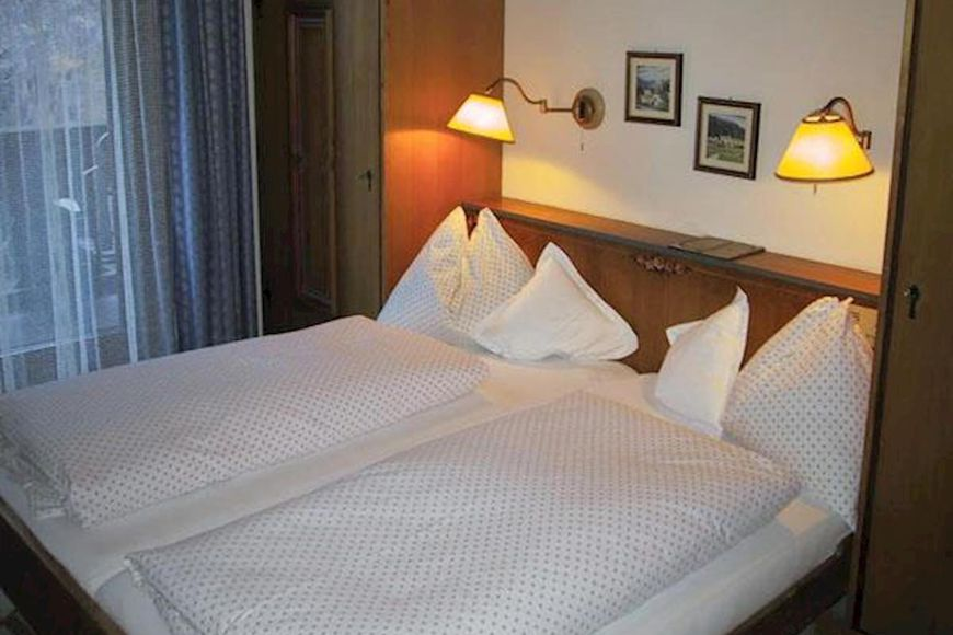 Slide2 - Chalet Hotel Senger
