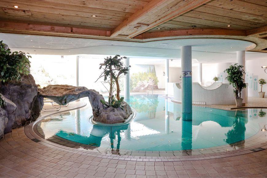 Slide4 - Alpenromantik Hotel Wirlerhof