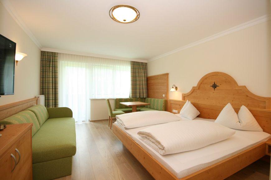 Slide2 - Alpenhotel Neuwirt