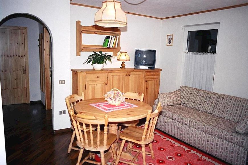 Residence Casa Canazei - Apartment - Canazei di Fassa