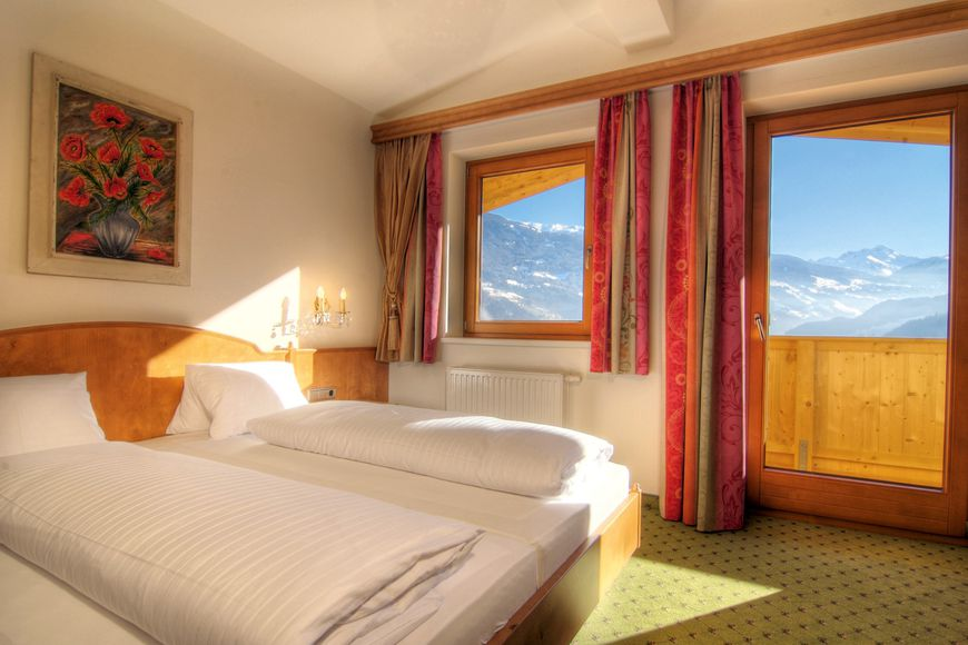 Hotel Pension Wiesenhof - Slide 2