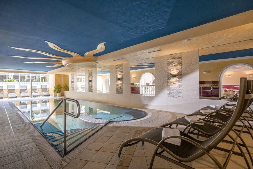 Slide3 - Hotel Alpina