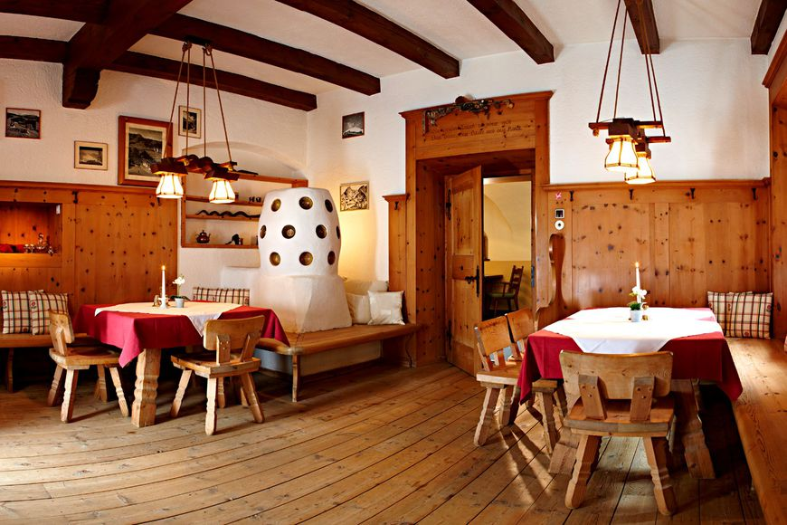 Alpine Hotel Oetz - Slide 4