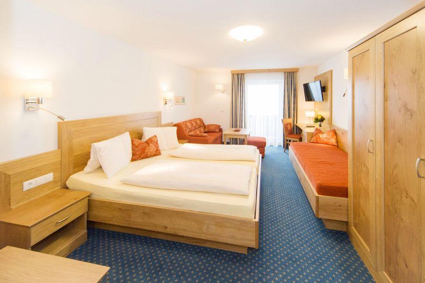 Hotel Kielhuberhof - Slide 2