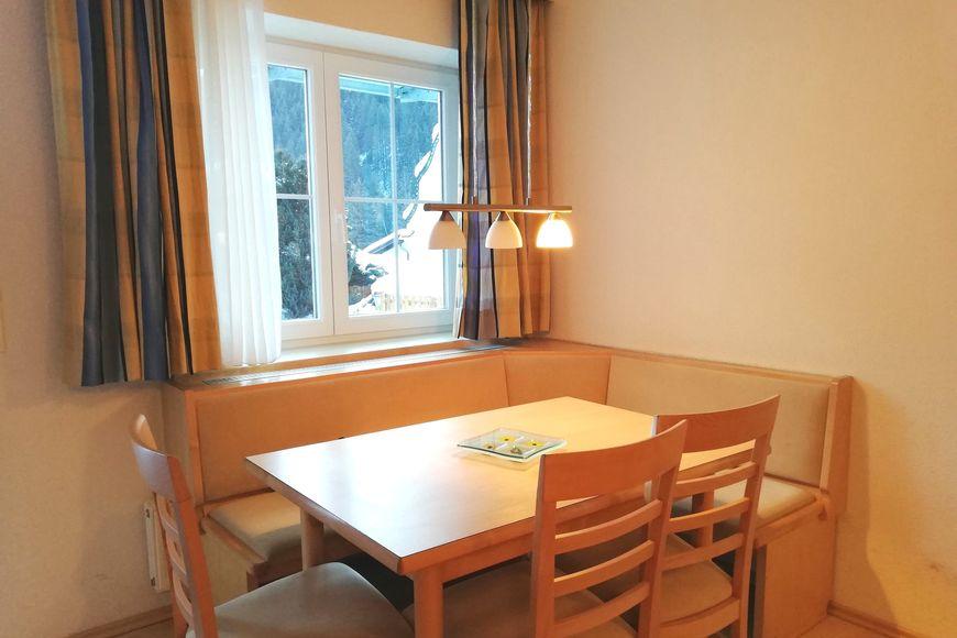Apartment Ladner - Slide 3
